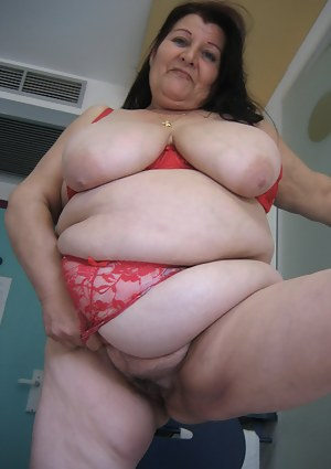 SSBBW Big Boobs Porn Pictures