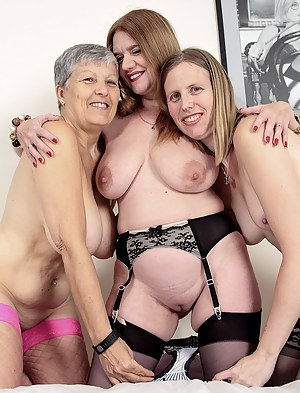 Big Boobs Lesbian Threesome Porn Pictures
